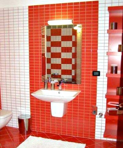 Brightly-coloured bathroom