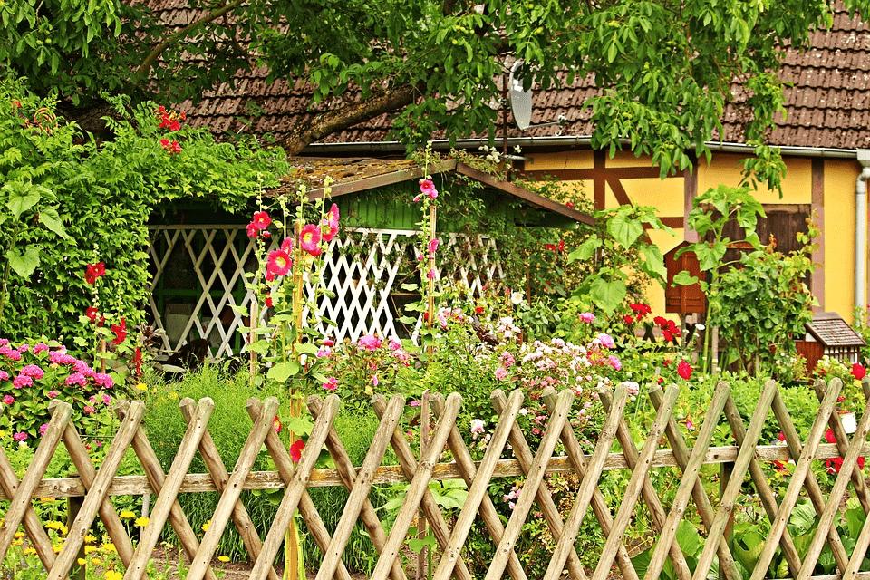 Outdoor garden property
